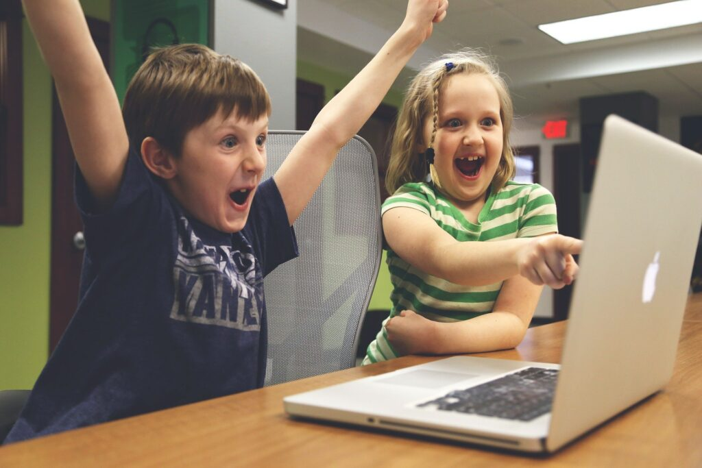 how-online-gaming-is-best-for-stress-relief-1-tip for-your-child-safety